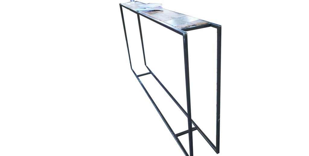 table console style industriel. Black Bedroom Furniture Sets. Home Design Ideas