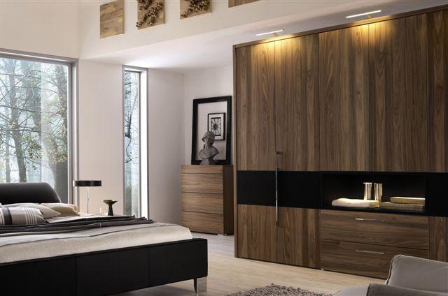 Armoire de rangement chambre a coucher for Placard chambre a coucher moderne