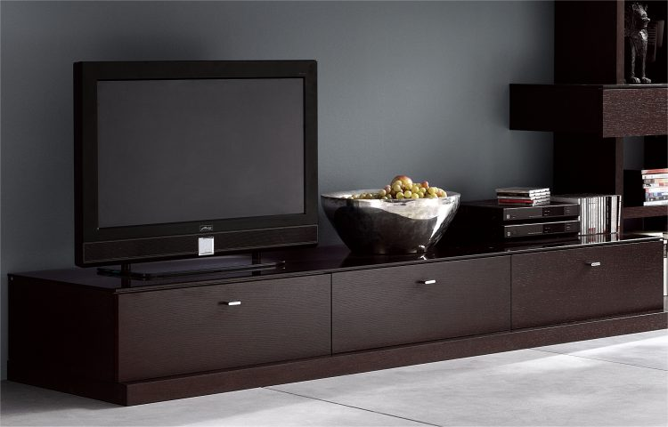 Mod le meuble bas tv design italien for Modele meuble tv