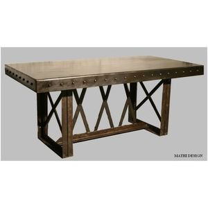 Exemple table a manger industrielle pas cher for Table salle a manger industrielle pas cher