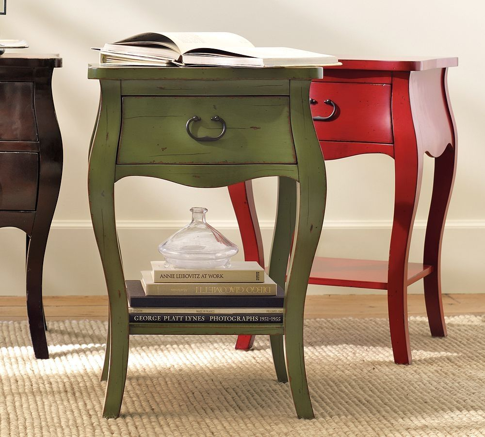 table de chevet anglais. Black Bedroom Furniture Sets. Home Design Ideas