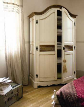 armoire chambre roche bobois. Black Bedroom Furniture Sets. Home Design Ideas
