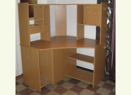 Armoire chambre conforama interesting conforama armoire for Meubles de bureau conforama