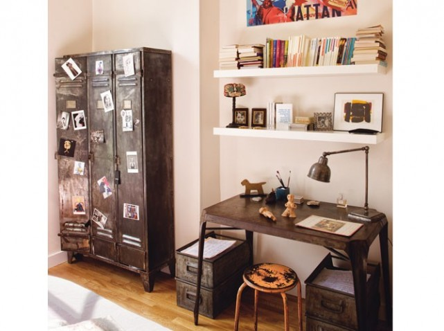 photo armoire de bureau style industriel. Black Bedroom Furniture Sets. Home Design Ideas