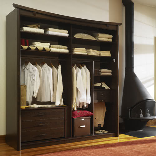 armoire de chambre a coucher design de maison. Black Bedroom Furniture Sets. Home Design Ideas