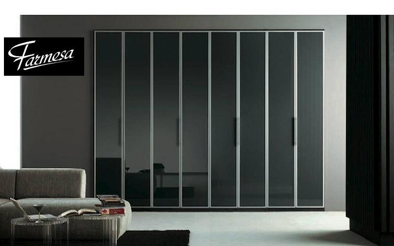 Armoire de chambre en aluminium for Armoire de chambre design