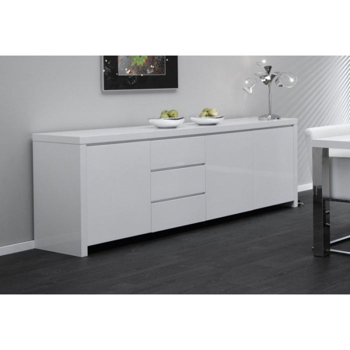buffets blancs buffet blanc sur enperdresonlapin. Black Bedroom Furniture Sets. Home Design Ideas