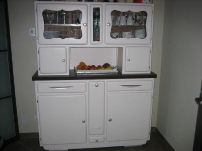 buffet de cuisine relooke. Black Bedroom Furniture Sets. Home Design Ideas