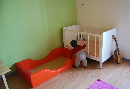 Mod le lit bebe montessori for Lit montessori