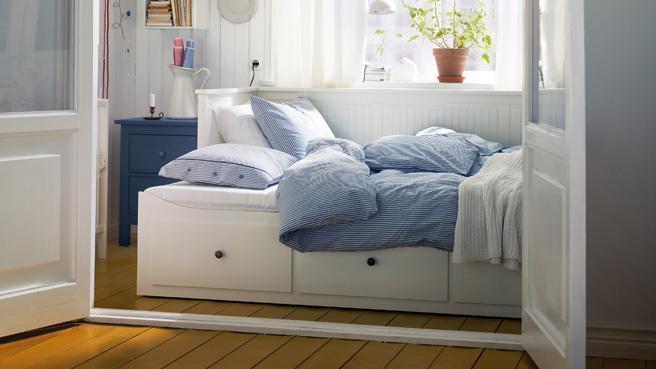 photo lit deux places gain de place. Black Bedroom Furniture Sets. Home Design Ideas