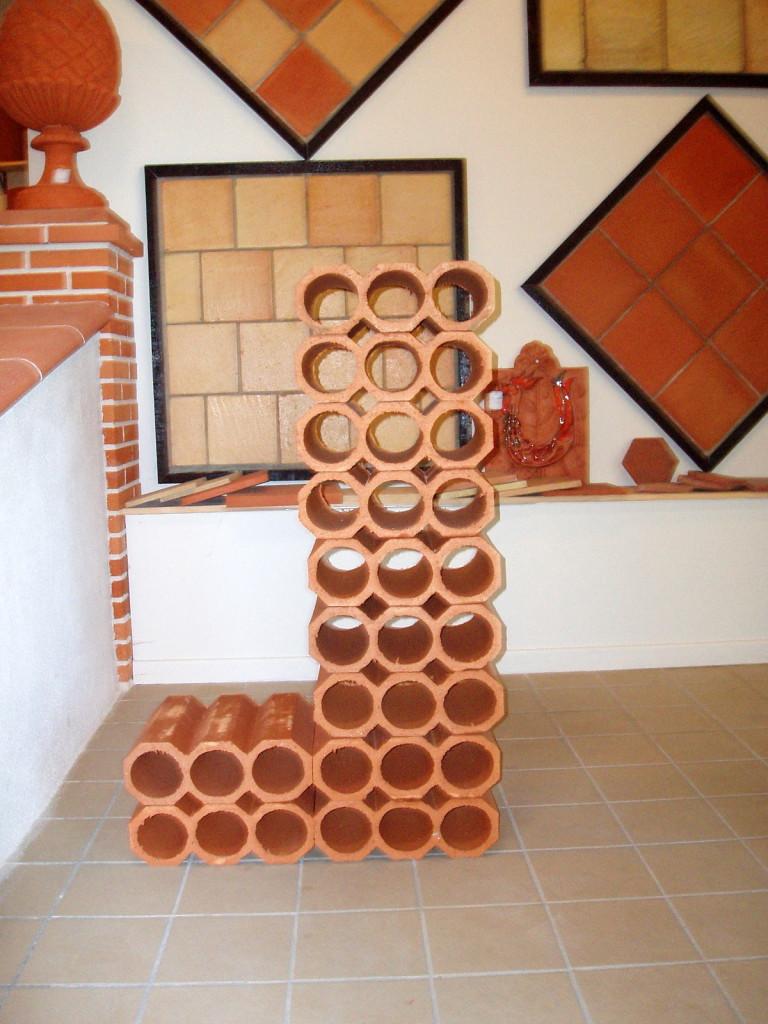 range bouteilles en terre cuite. Black Bedroom Furniture Sets. Home Design Ideas