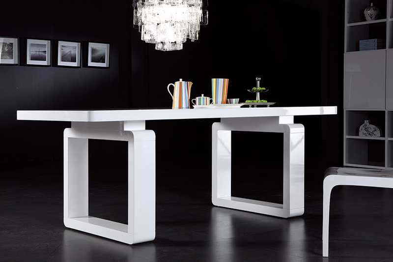 Table a manger design - Grande table salle a manger design ...