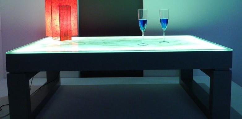 table basse lumineuse. Black Bedroom Furniture Sets. Home Design Ideas