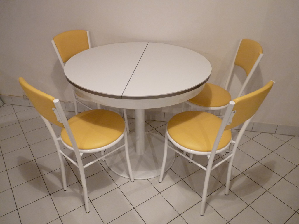 mod le table et chaise de cuisine originale