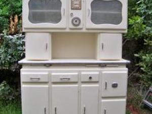 meuble de cuisine ancien excellent buffet ancien with meuble de cuisine ancien cool coiffeuse. Black Bedroom Furniture Sets. Home Design Ideas