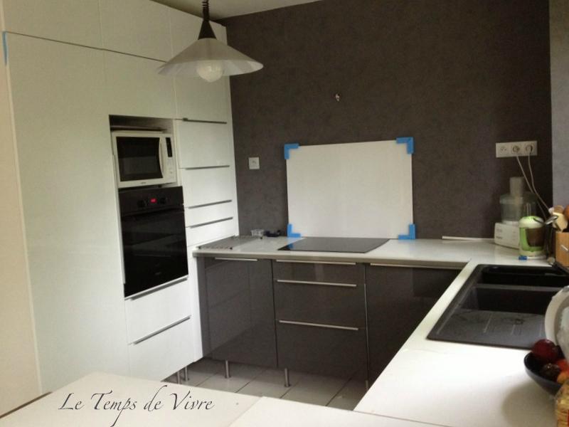 meuble de cuisine jusqu 39 au plafond. Black Bedroom Furniture Sets. Home Design Ideas