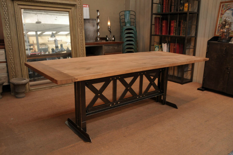 Trouver table a manger industrielle - Table a manger industrielle ...