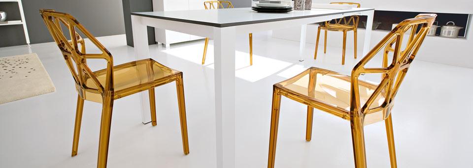 table et chaise de cuisine tunisie. Black Bedroom Furniture Sets. Home Design Ideas