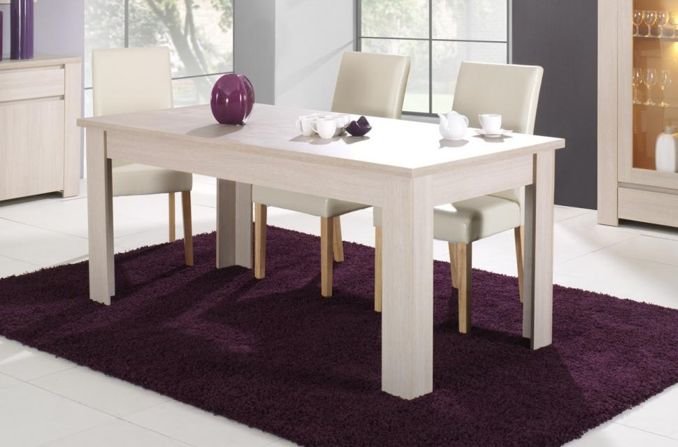 Tables et chaises de salle a manger but for Table de chevet malm chene blanchi