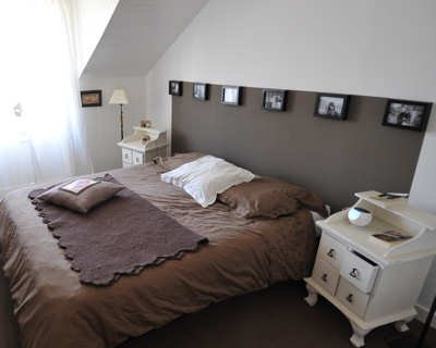 mod le t te de lit mod t lit sur enperdresonlapin. Black Bedroom Furniture Sets. Home Design Ideas