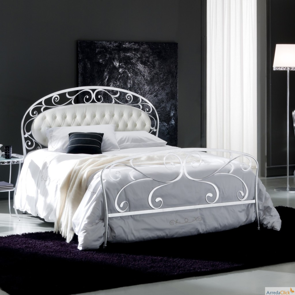 mod le tete de lit design italien. Black Bedroom Furniture Sets. Home Design Ideas