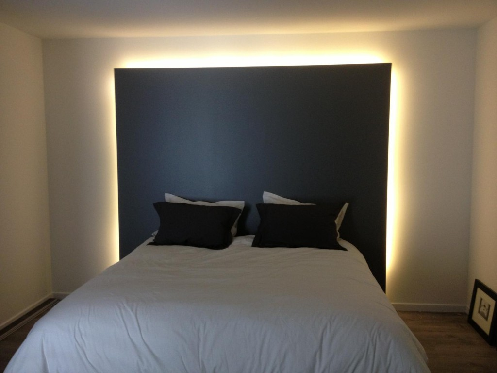 tete de lit avec led maison design. Black Bedroom Furniture Sets. Home Design Ideas