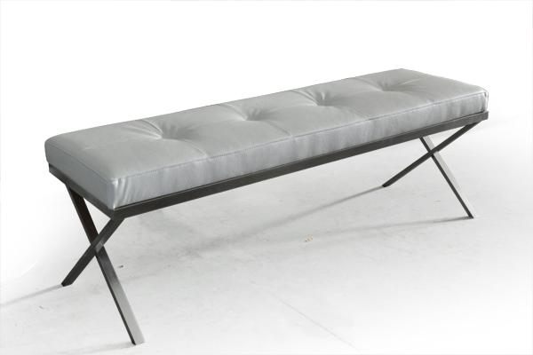 banc bout de lit design. Black Bedroom Furniture Sets. Home Design Ideas