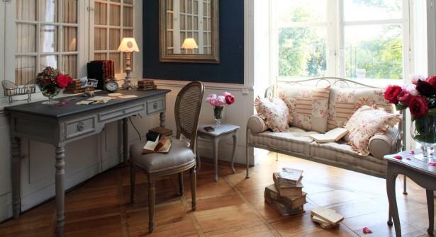 buffet de cuisine comptoir de famille. Black Bedroom Furniture Sets. Home Design Ideas