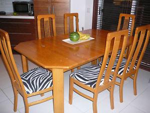 Chaises de salle a manger kijiji for Chaise de salle a manger kijiji