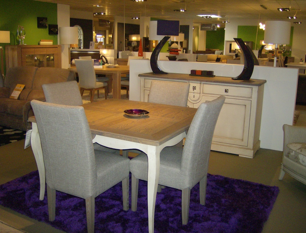 Chaises de salle a manger monsieur meuble for Meubles chaises salle manger