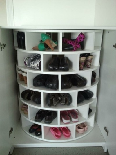 Meuble chaussures tournant for Rangement chaussures gain de place