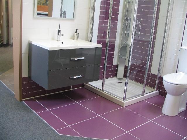 Meuble salle de bain queguiner for Carrelage queguiner