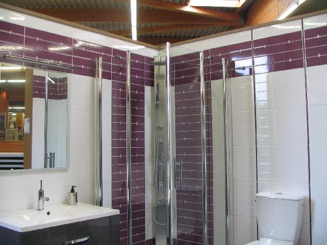 Meuble salle de bain queguiner - Organisation salle de bain ...