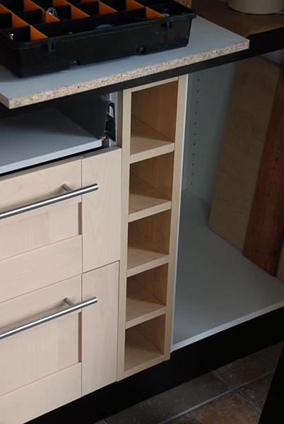 Meubles de cuisine meubles de cuisines - Range bouteille cuisine ikea ...