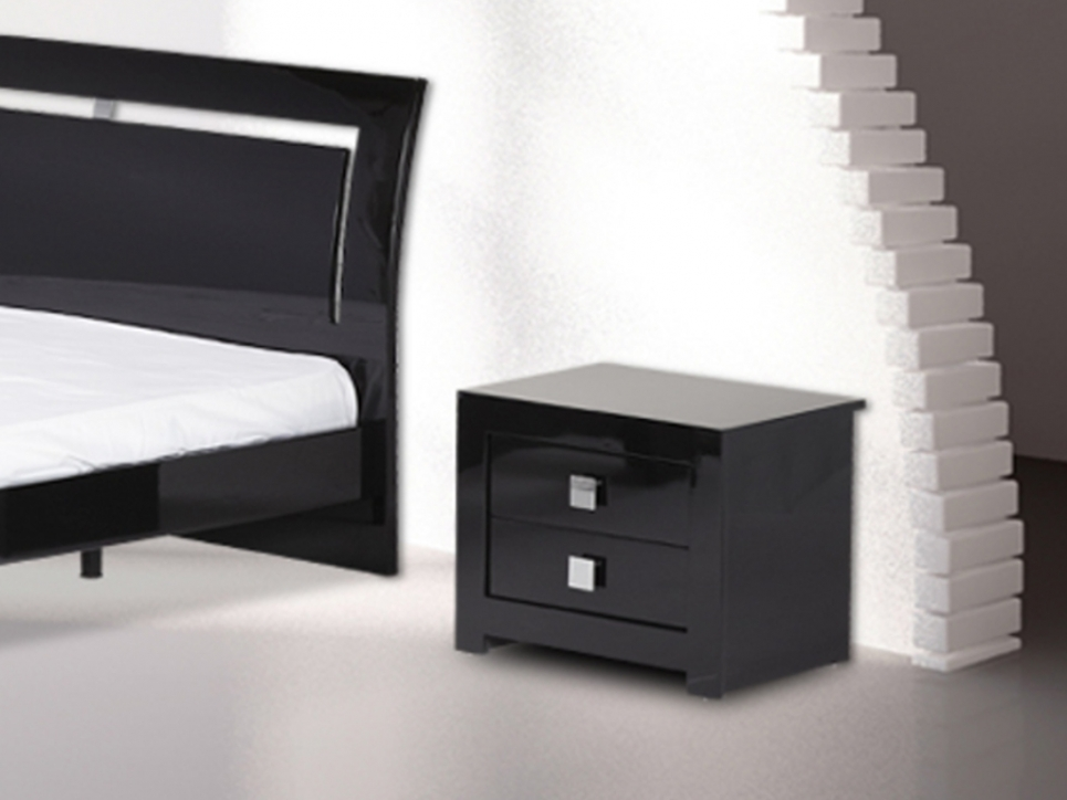 table de chevet laque. Black Bedroom Furniture Sets. Home Design Ideas