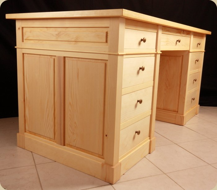 bureau d angle en bois massif. Black Bedroom Furniture Sets. Home Design Ideas