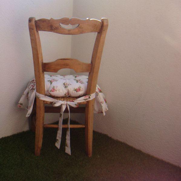 Galette de chaise eurodif - Galette de chaise volantee ...