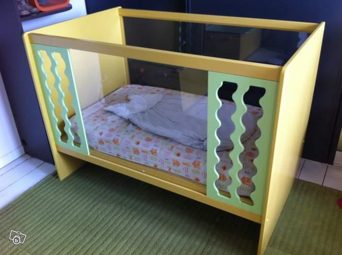 pied de lit vibel. Black Bedroom Furniture Sets. Home Design Ideas