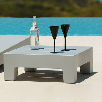 table basse de jardin. Black Bedroom Furniture Sets. Home Design Ideas