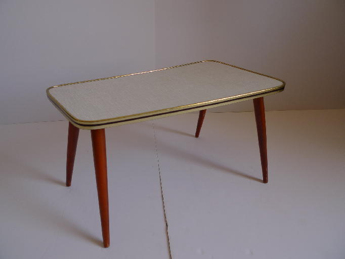 Table basse formica for Table basse babou