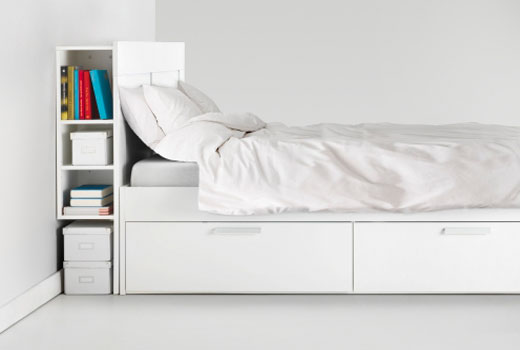 exemple tete de lit avec rangement coulissant ikea. Black Bedroom Furniture Sets. Home Design Ideas