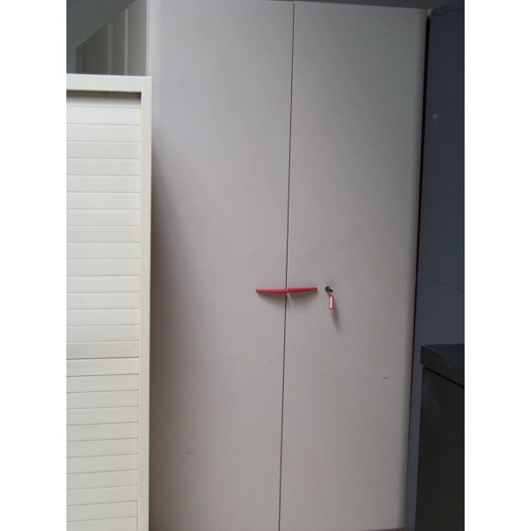 armoire de bureau destockage