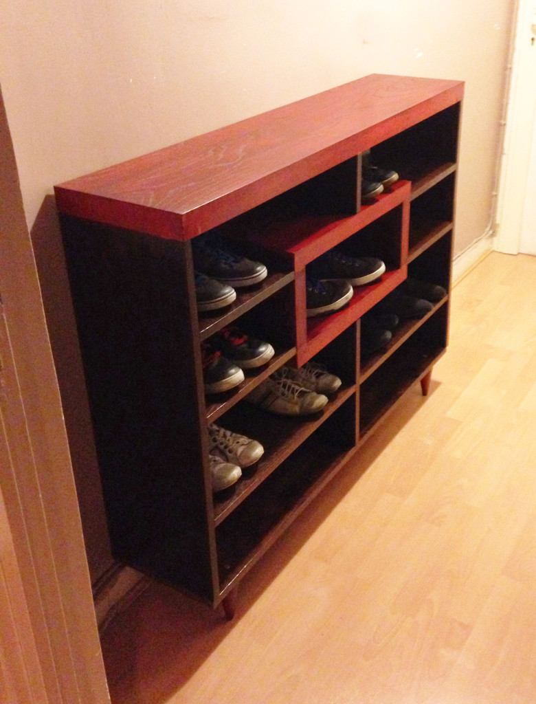 meuble à chaussures ouvert