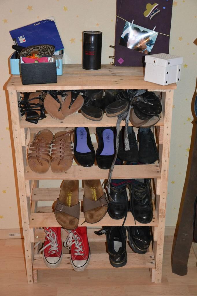 Meuble chaussures palette - Construire meuble a chaussure ...