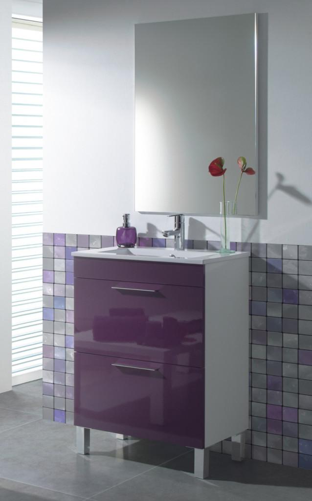 idée meuble salle de bain violet