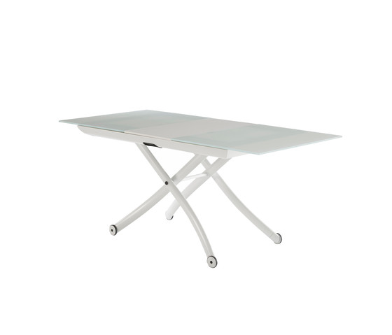 table basse yoyo ligne roset. Black Bedroom Furniture Sets. Home Design Ideas