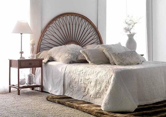 tete de lit en osier tete lit osier sur enperdresonlapin. Black Bedroom Furniture Sets. Home Design Ideas