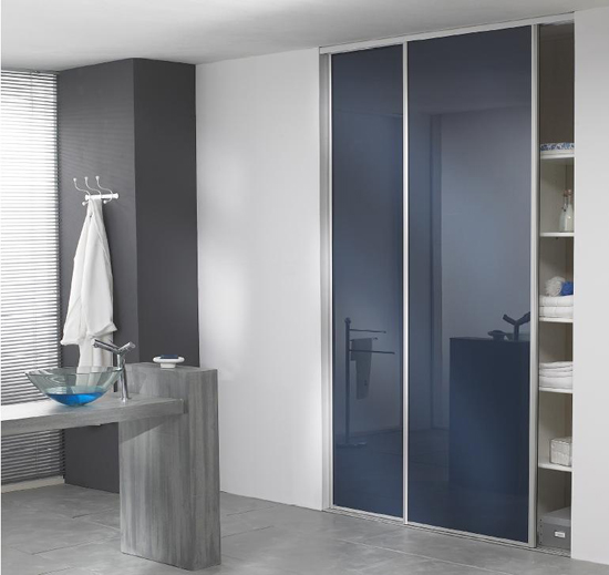 armoire salle de bain porte coulissante. Black Bedroom Furniture Sets. Home Design Ideas