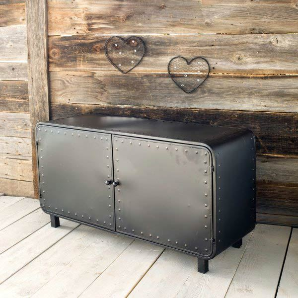 buffet bas industriel. Black Bedroom Furniture Sets. Home Design Ideas