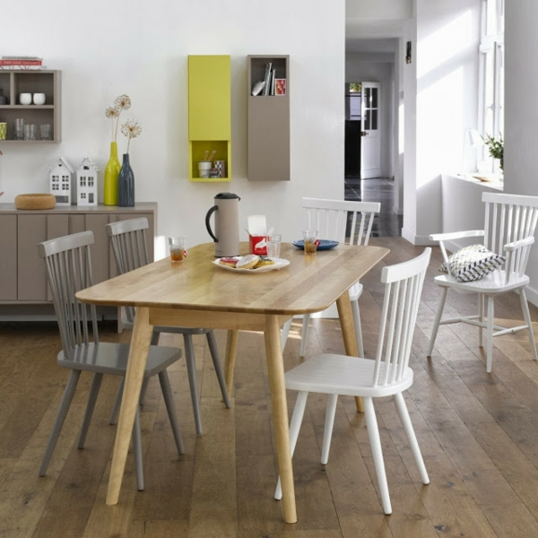 Chaise de cuisine scandinave for Table et chaise blanche